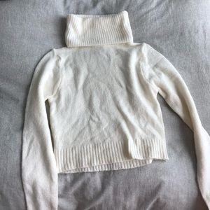 F21 Cropped Turtleneck Sweater